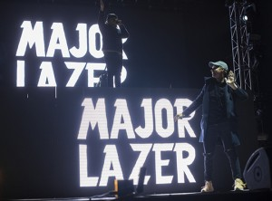 Major Lazer (6 of 18) slide