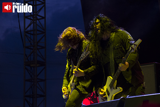 arch-enemy-knotfest-3