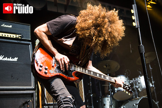 wolfmother-plaza-1