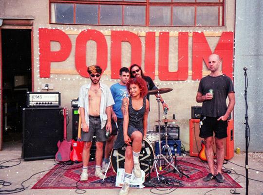podium banda